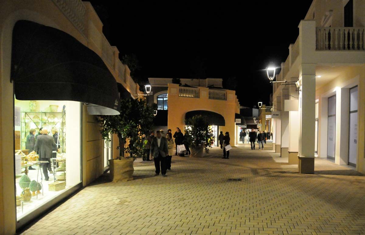 siciliafashiovillage_outlet_5.jpg