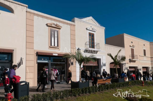 Sicilia Fashion Village - Outlet - Agira - News